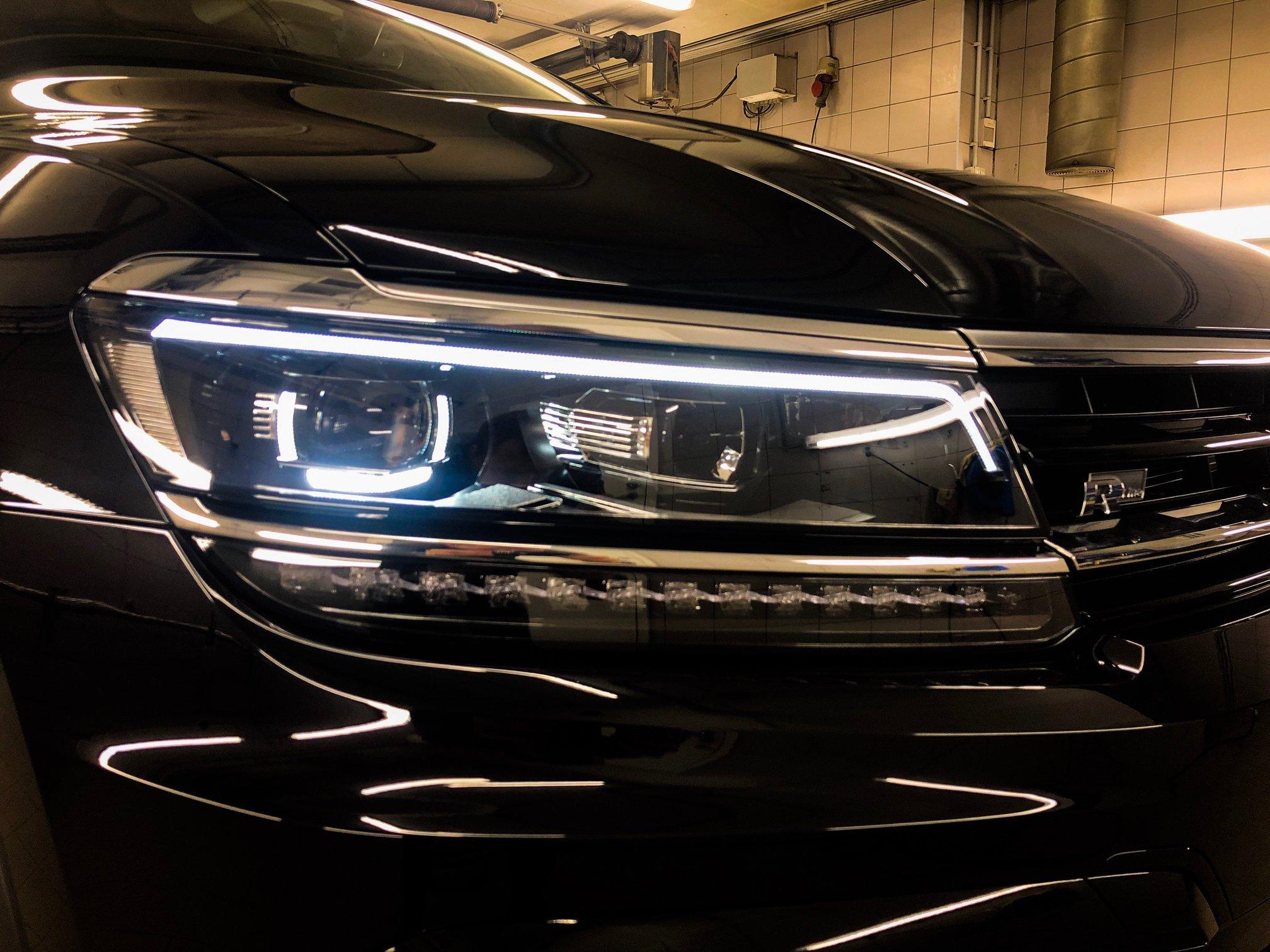 Läigestav poleerimine & keraamiline püsivaha - Volkswagen